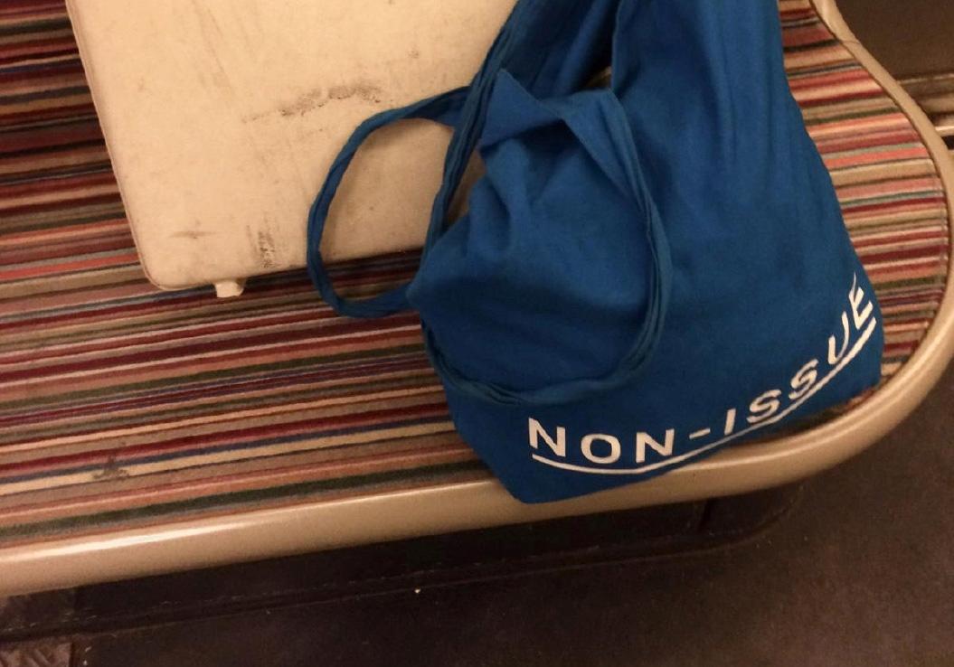 Non-Issue / Merchandise / Paris / 2019